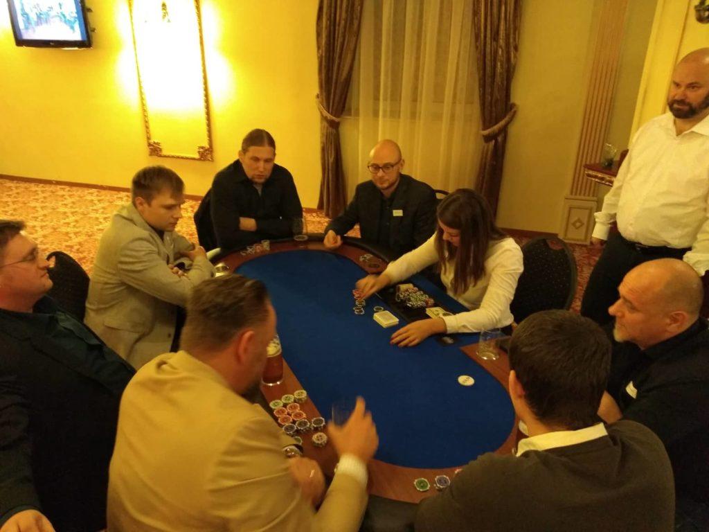 Texas Holdem Poker mobilní casino